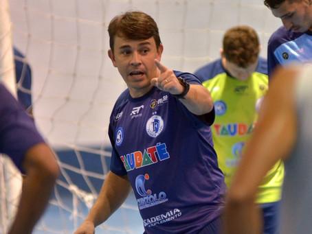 De volta aos treinos, Taubaté foca estreia contra Magnus na Liga Paulista