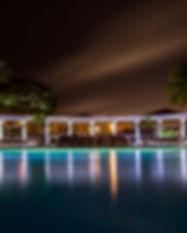 pool-384573.jpg