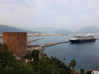 Roter Turm & Hafen von Alanya