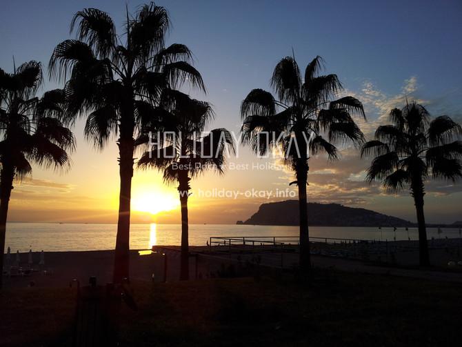 Alanya bietet schöne Strände, traumhafte Sonnenuntergänge und ein interessantes Freizeitangebot für