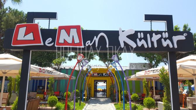 Der neue Szenetreff in Alanya... Das Künstler-Lokal LeMan Kültür direkt am Strand.