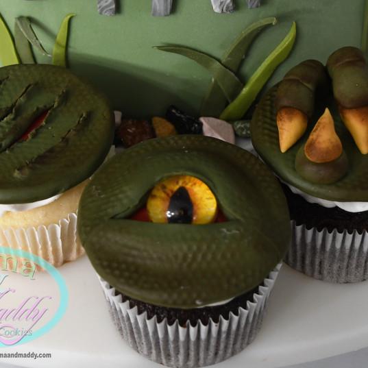 Dinosaur cupcakes.jpg