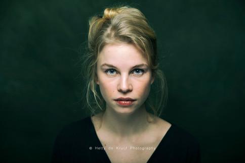 Actress Emma Josten