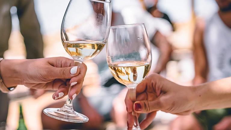 חגיגת טעימות יין וגבינות 15.10 | 12:00-14:00