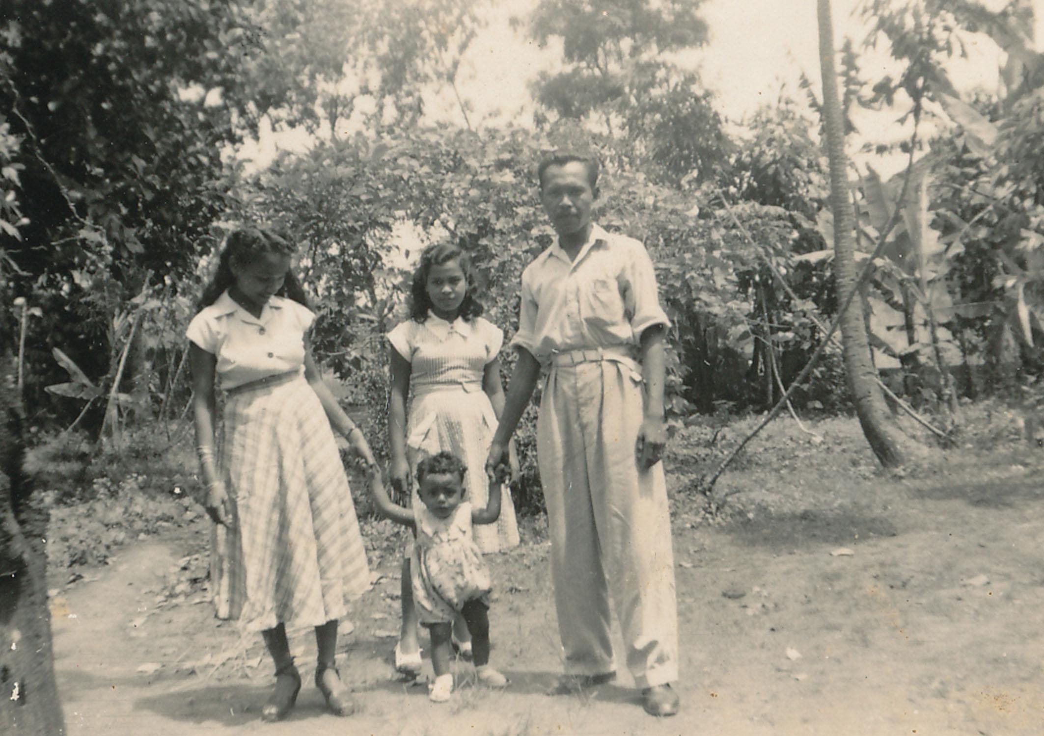 Jidah Fatimah, Great Aunt Aisha, Kakek Ibrahim