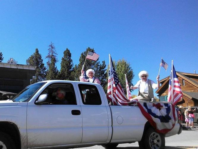 Constitution.Week.Parade.024.PatrioticTr