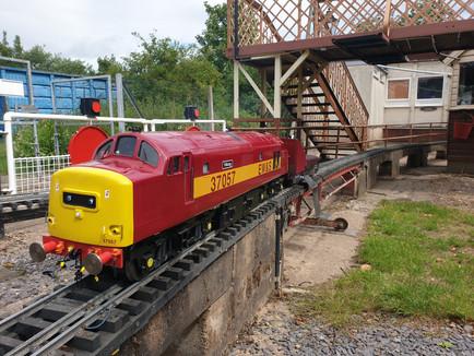 37057 Class 37.jpg