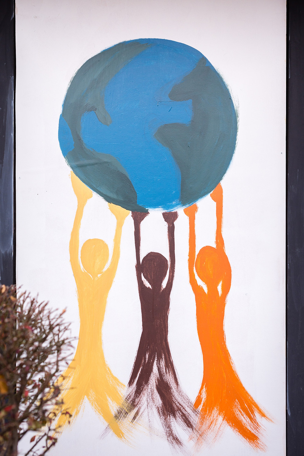 painting for peace globe