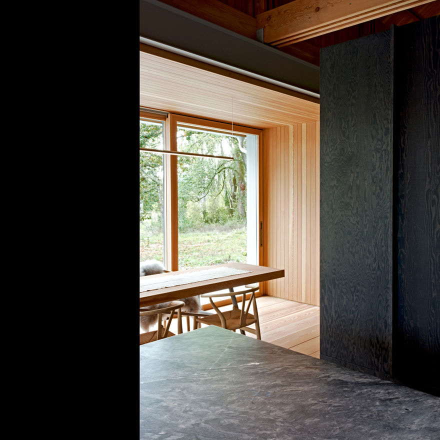 Scott and Scoatt Architects (Saanich Farmhouse Architect Design) Scott and Scott Architects Vancouver Canada