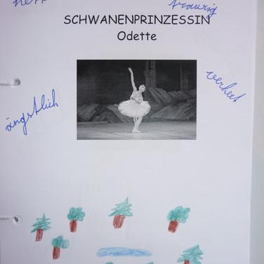 AB INS BALLETT Schwanensee