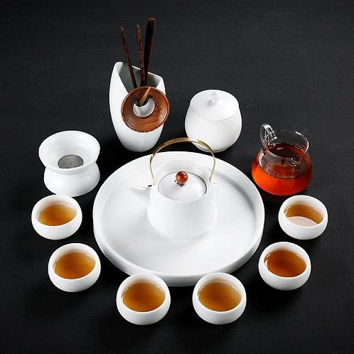 Чайный набор из белой керамики