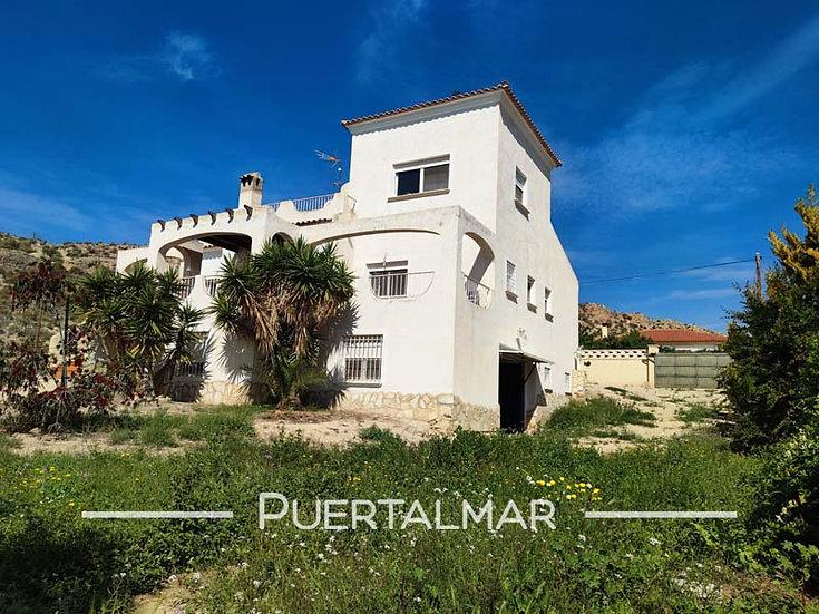 Gran Chalet Individual en Mutxamel - Alicante.  3 Hab, 3 baños