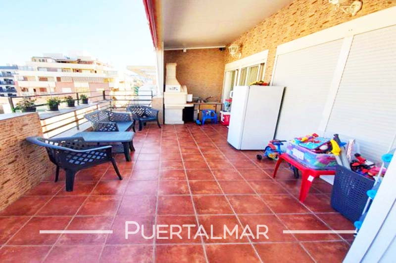 Piso en calle Puig Campaña - Benidorm - Playa Poniente.  3 Habitaciones, 1 baño