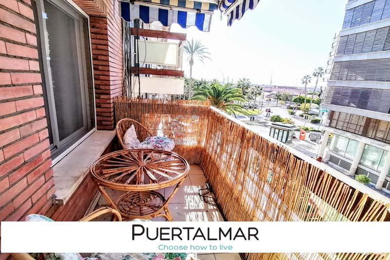Piso en calle ORENSE - Ensanche Diputación - Alicante:  4 Hab, 2 baños, Terraza