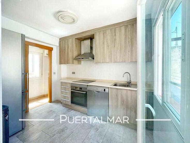 Piso en calle Cortes Aleman - Conde Lumiares - Alicante.  3 Hab, 1 baño