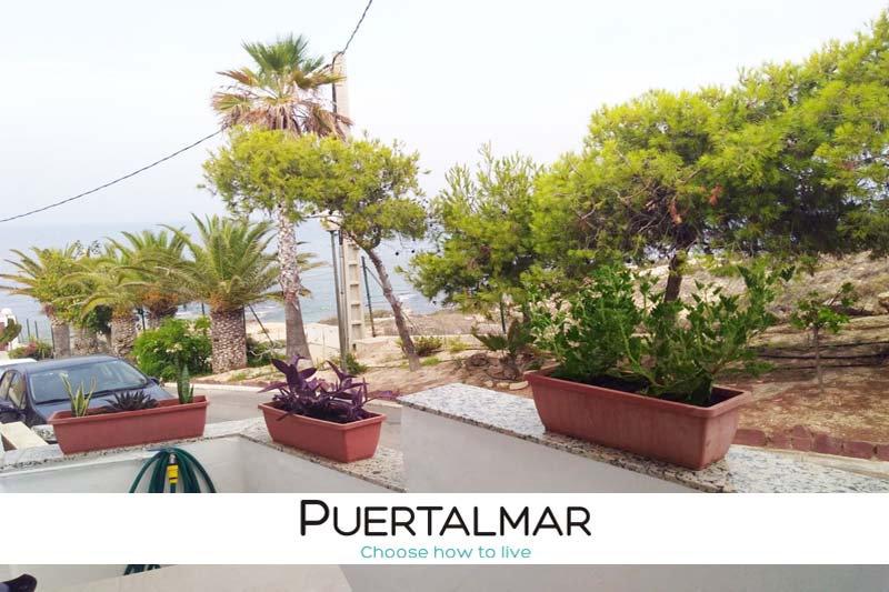 Chalet adosado en Camino del Faro - Cabo de las Huertas Alicante:  3 Hab, Garaje
