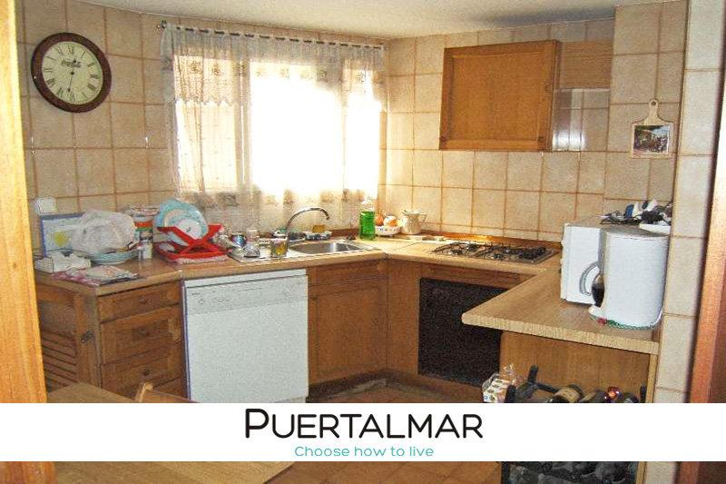 Piso en Av. Benito P. Galdos - Luceros - Alicante:  3 Hab, 2 baños, Garaje