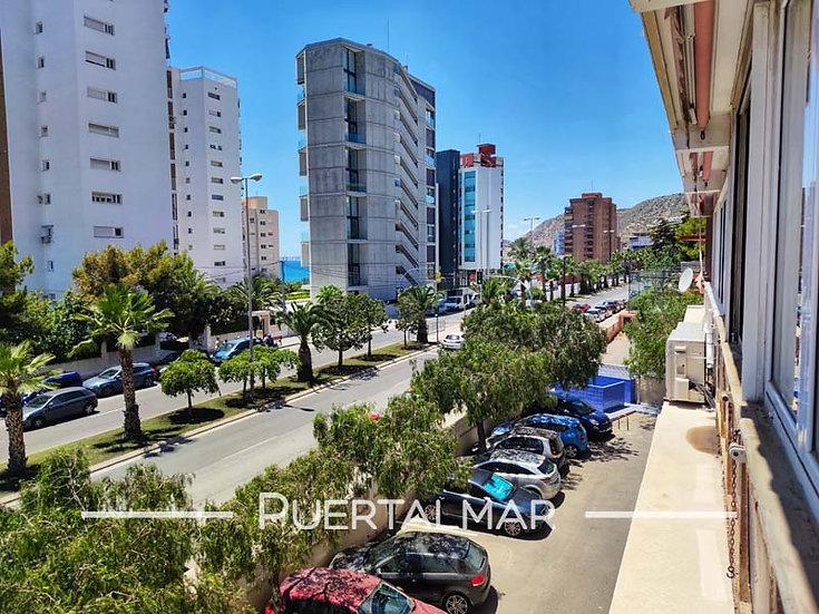 Piso en Av. de la Costa Blanca - Albufereta - Alicante.  3 Hab, 1 baño, Parking