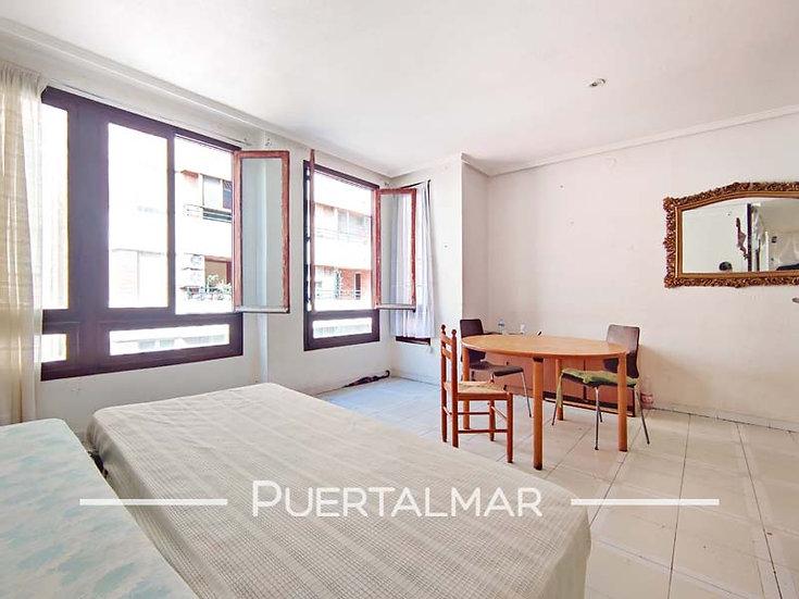 Piso en calle Pablo Iglesias - Mercado - Centro de Alicante.  2 Hab, 1 baño