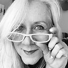 shelleyselfie2020-11bw.jpg