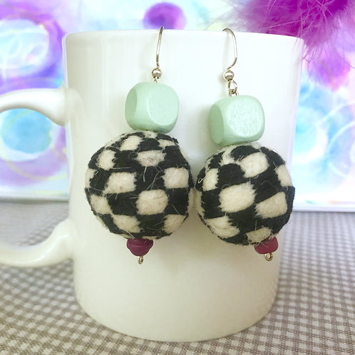 Hand Checkered Embroider with Aqua Wood Beads and Red Glass Bead Earrings