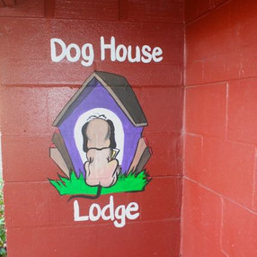 Dog House Lodge