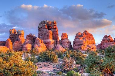rocks at arches.JPG