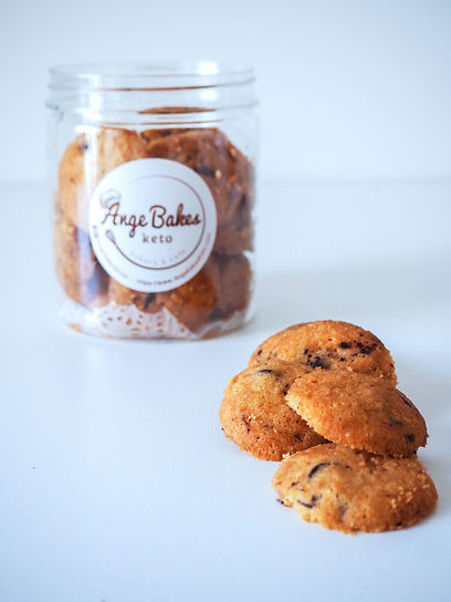choc%20chip%20cookies%20bottle%20(2)_edi