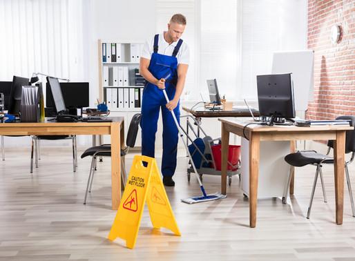 Výhody profesionálního úklidu kanceláře