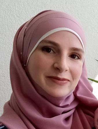 bio Leyla Larbi - Leyla Larbi.jpg