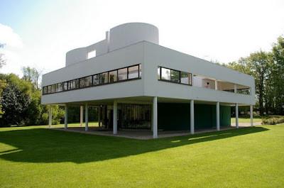 בדרך לאדריכלות מודרנית עוצרים אצל פיקאסו