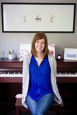 headshot piano teaching (1 of 1).jpg