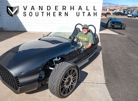 Test Driving a  Vanderhall creates SMILES!