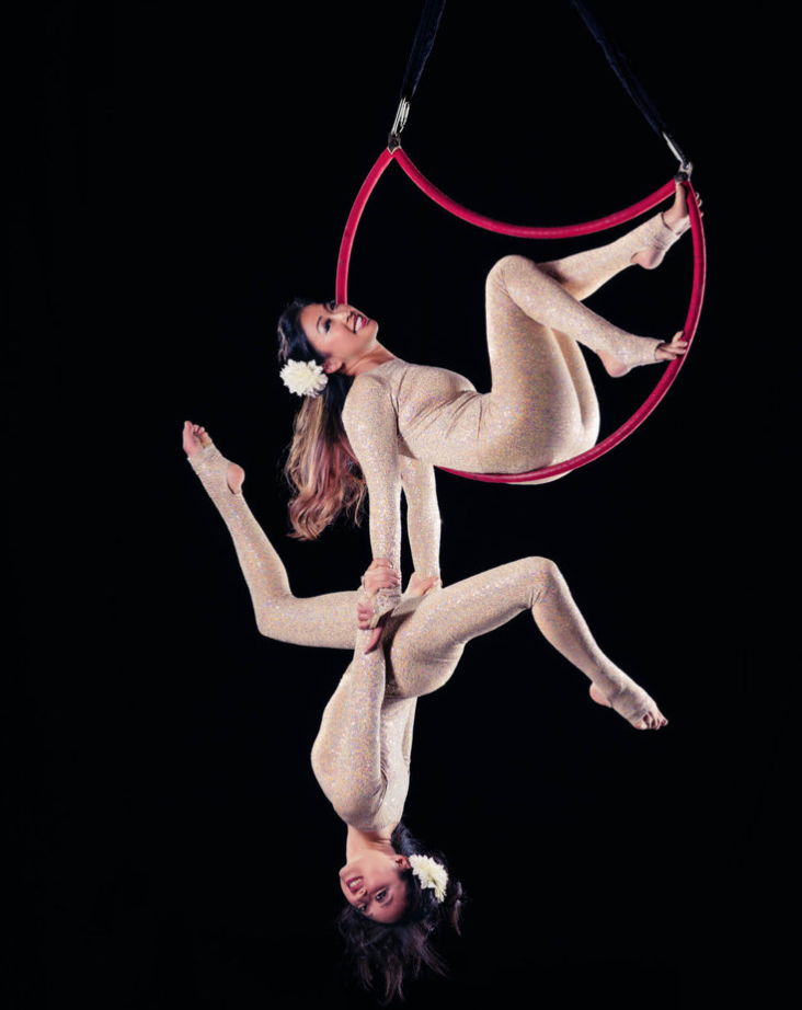 Duo aerial moon, Photo by Elisa Reed