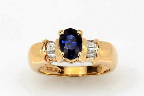 ESTATE Sapphire/Diamond Ring in Yellow 14K Gold