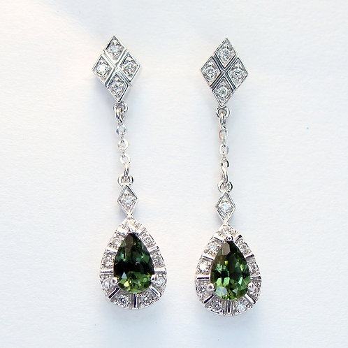ESTATE Chrome Diopside & Diamond Earrings in White 14K Gold