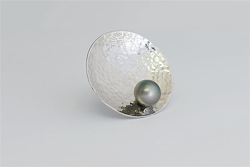 TAHIZEA Hammered Rhodium Plated Sterling Silver TIPO Tahitian Pearl Disc Pendant