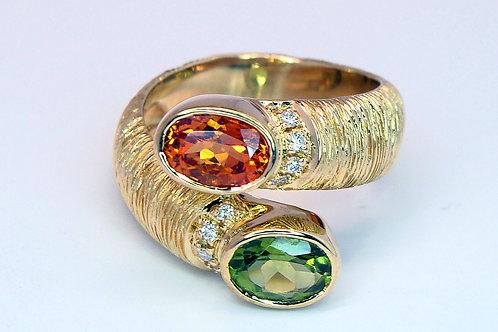 ESTATE Peridot, Citrine, & Diamond ByPass Ring in Yellow 18K Gold