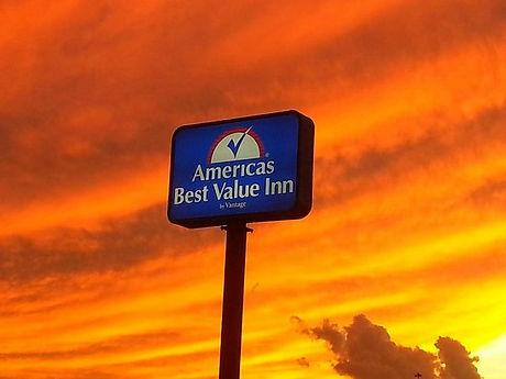 americas-best-value-inn-sign.jpg