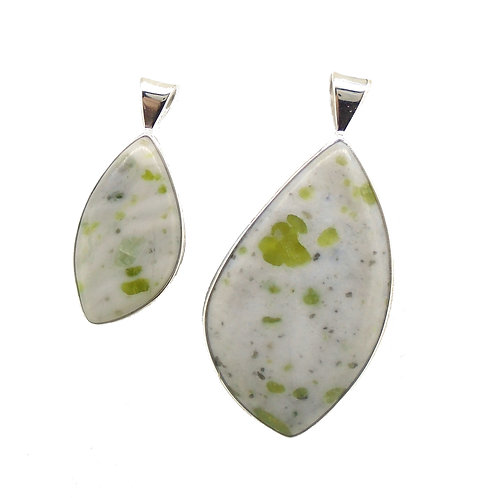 Iona Marble Pendants (2 Sizes)