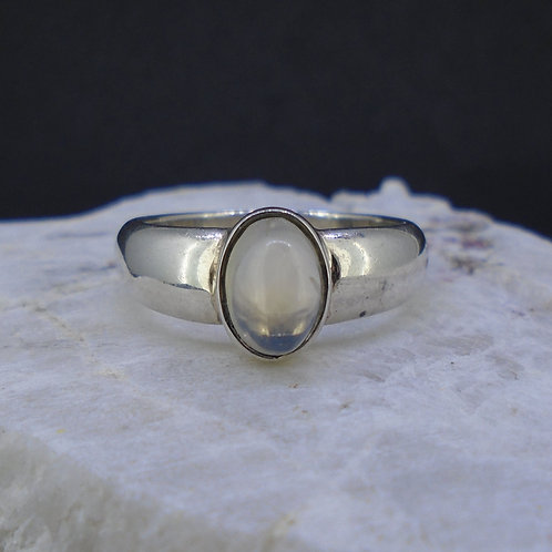 Sri Lankan Moonstone Sterling Silver Ring