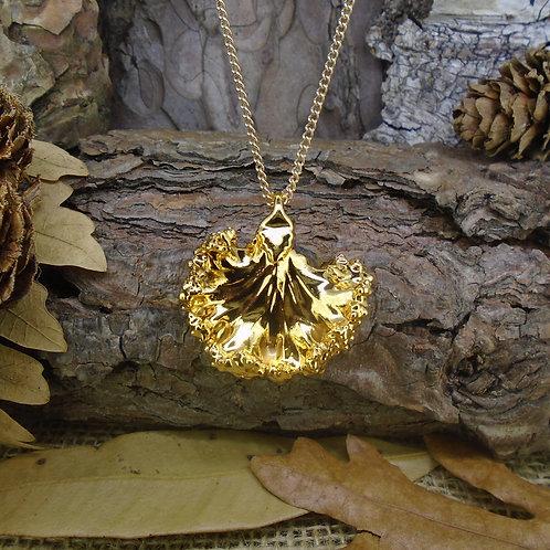 Kale Leaf Pendant - Gold (Medium)