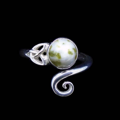 Iona Marble Trinity Knot Sterling Silver Ring