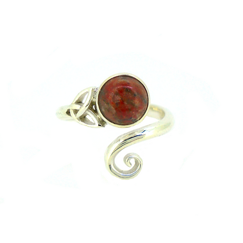 Lewisian Celtic Trinity Ring