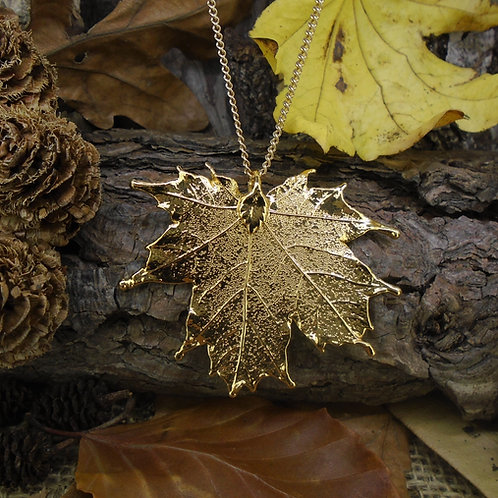 Canadian Maple Pendant - Gold