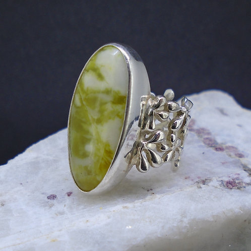 Highland Marble Floral Filigree Sterling Silver Ring