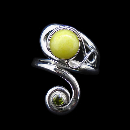 Highland Marble & Peridot Sterling Silver Ring