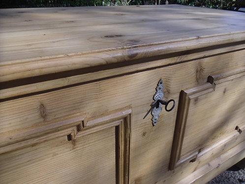 Large flat top old antique pine box