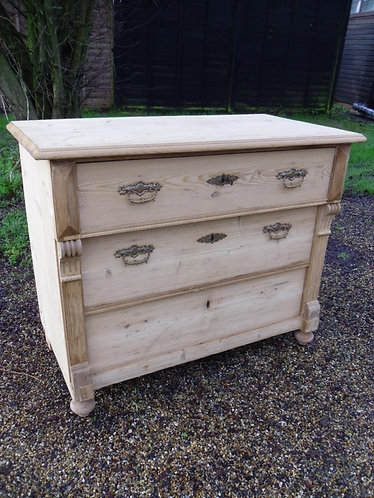 1857  Small chest of drawers