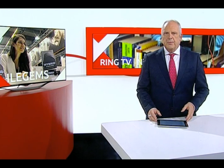 ATV en Ring-TV: Jonge schrijfster geeft debuutroman uit in eigen beheer